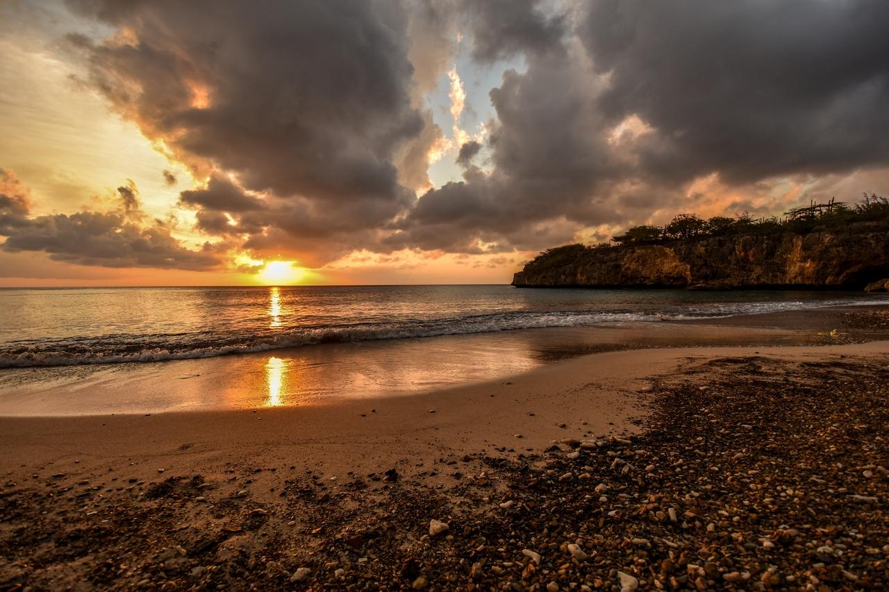 Sonnenuntergang am Strand Jeremi, Karibik - Curacao