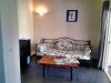K800_7-Wohnraum-innen_-zusätzliche-Schlafcouch