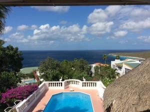 pool villa curacao
