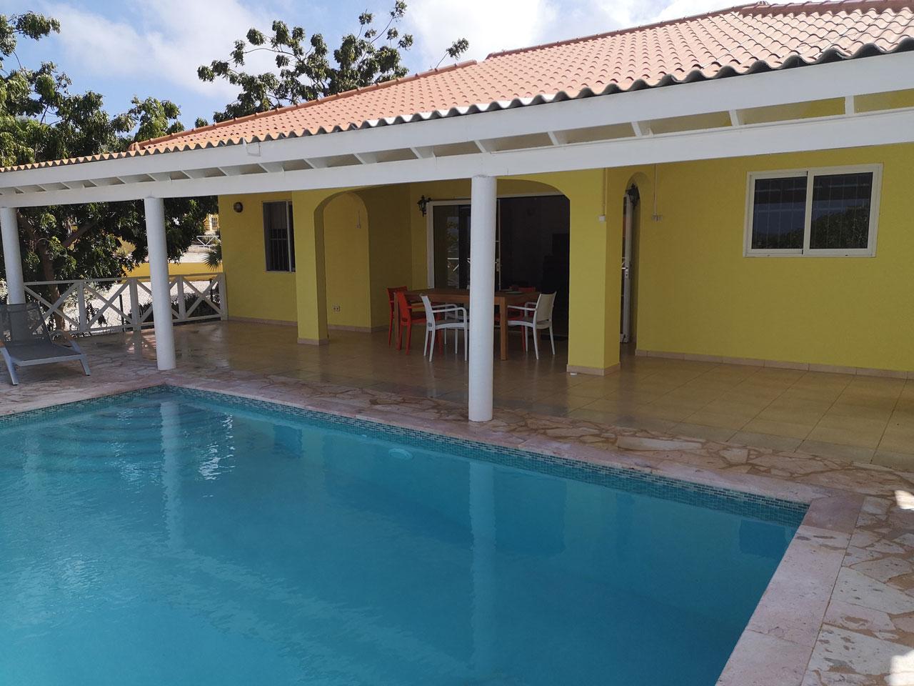 Villa Alana Curacao - Terrasse und Pool